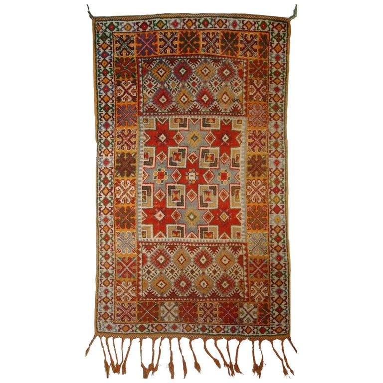 Handmade Antique Moroccan Berber Rug, 1900s For Sale At