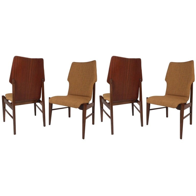 Set of Four Mid-Century Modern Wood Back Dining Chairs For Sale
