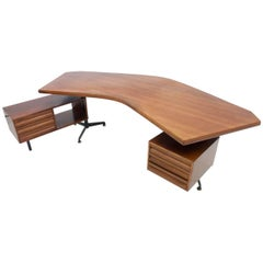 Early Boomerang Desk T96 by Osvaldo Borsani for Tecno, Italy, 1965