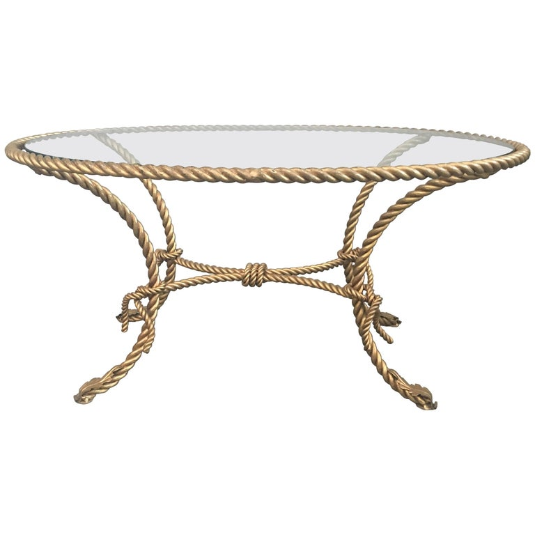 Charming Oval Coffee Table