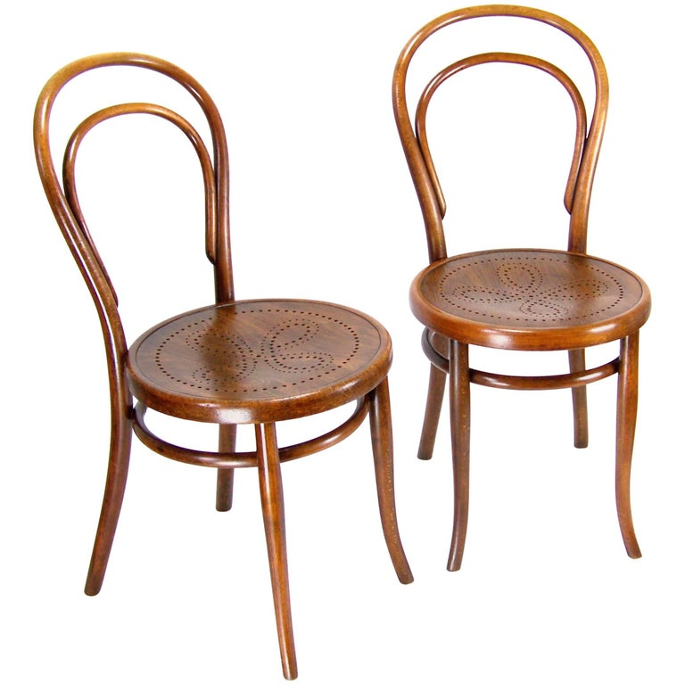 pair of viennese chair thonet circa 1900 for sale. Black Bedroom Furniture Sets. Home Design Ideas
