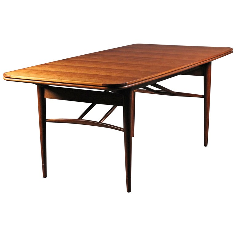 Mid-Century Modern Dining Table by Robert Heritage for Archie Shine
