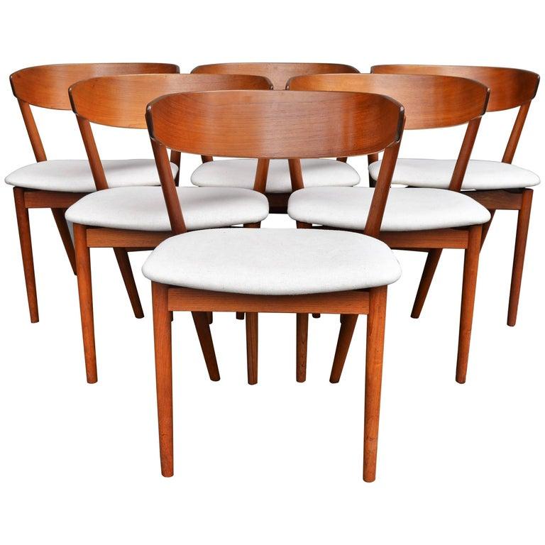 Set of Six Helge Sibast Teak Curved Back Dining Chairs Cream Linen Seats Denmark