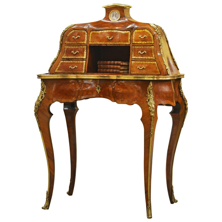 19th Century Louis XV Style Bombe Marquetry and Ormolu-Mounted Bureau a Gradin 1