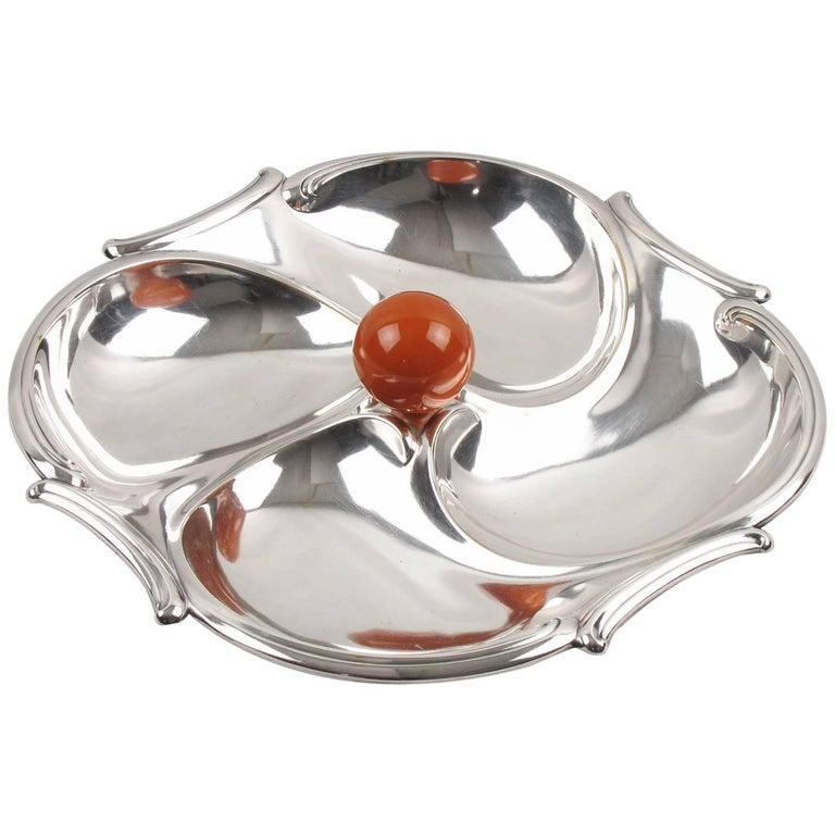 French Art Deco Cocktail Set Barware Silver Plate & Bakelite Serving Tray, 1930s