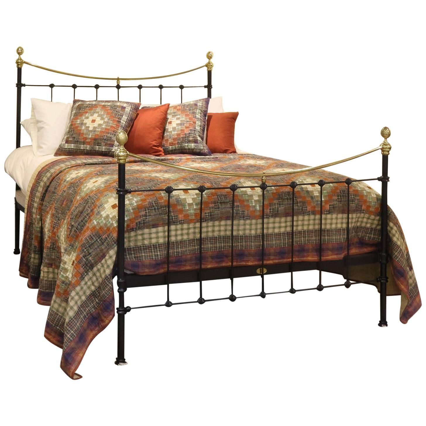black bed mk125