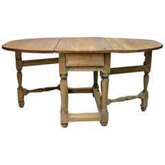 18th Century Norwegian Baroque Drop-Leaf Farmhouse Table in Pine