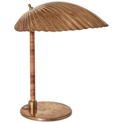 Paavo Tynell Simpukka 'Clam' Table / Desk Lamp, Taito Oy, Finland, 1930s-1940s