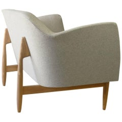 Modern Two-Seat Sauvie Sofa in Heathered Grey Upholstery with Oak Base