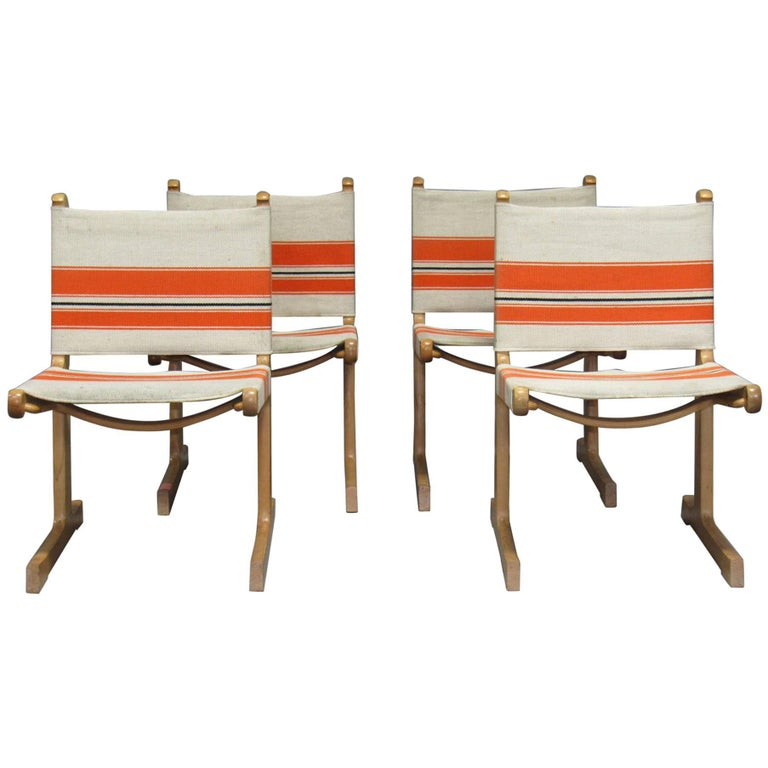 Set of 4 Cantilevered Dining Chairs by Ditte & Adrian Heath for France & Son For Sale