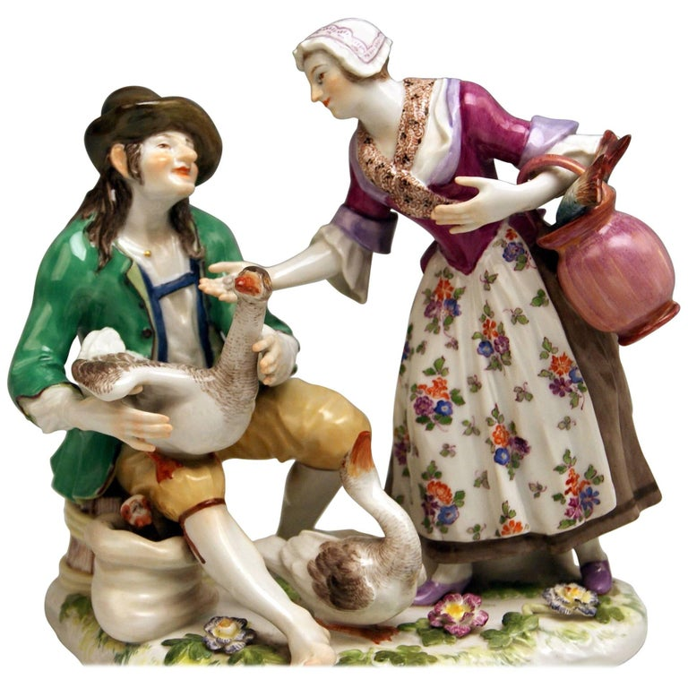 Meissen Deal with Goose Model 720 Johann Joachim Kaendler Made circa 1850-1860 For Sale