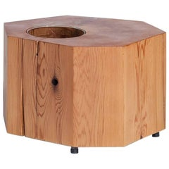 Nurselog Side Table / Planter in Western Red Cedar with Planter Insert