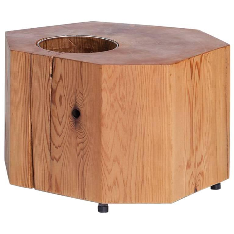Nurselog Side Table / Planter in Western Red Cedar with Planter Insert For Sale