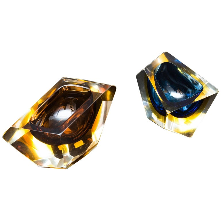 Set of Two Murano Glass, Bowls by Sommerso, Italy, circa 1960 For Sale