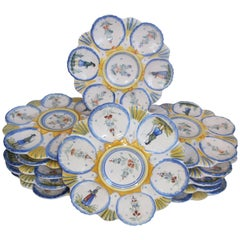 Rare Set of 12 Henriot Quimper Faience Oysters Plate, circa 1910