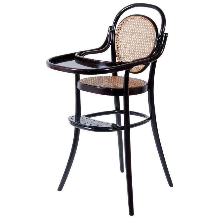 Thonet Children Bend Wood Highchair with Tableau / Kinderspreissessel Nr. 3  For Sale - Thonet Children Bend Wood Highchair With Tableau