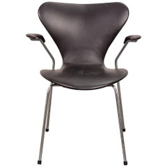 Arne Jacobsen Series 7 Black Leather Armchair for Fritz Hansen