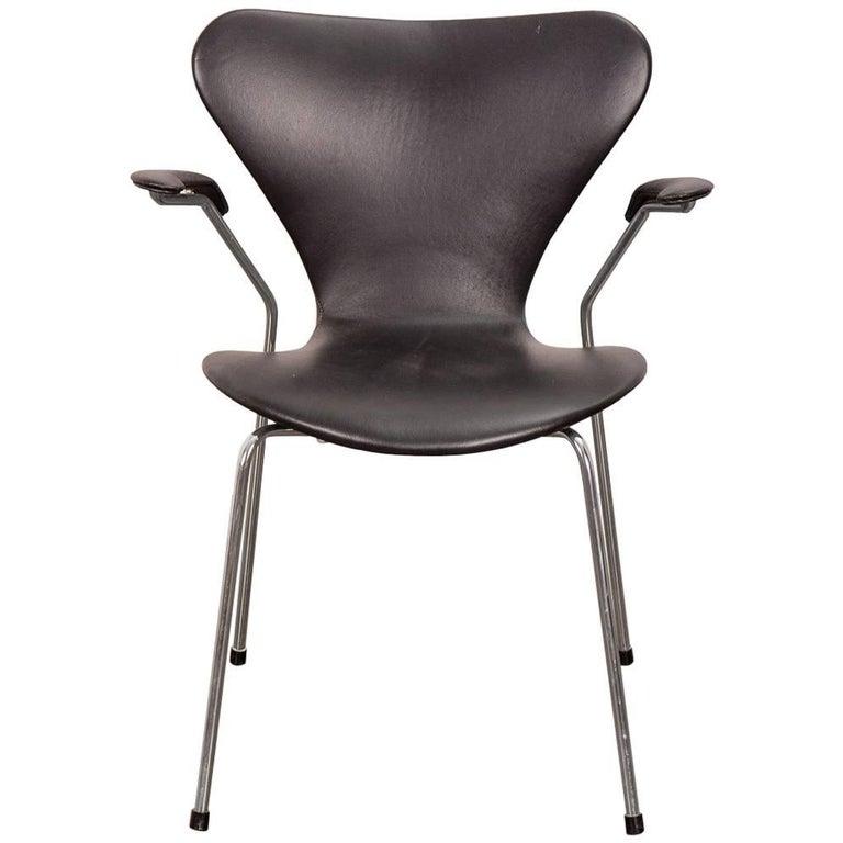 Arne Jacobsen Series 7 Black Leather Armchair for Fritz Hansen