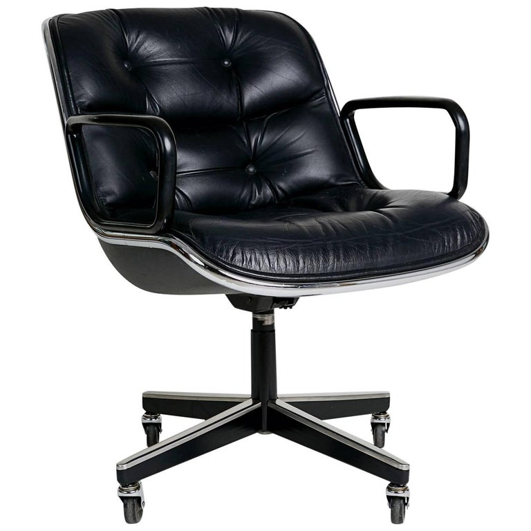 Charles Pollock for Knoll Executive Desk Chair, circa 1980 For Sale