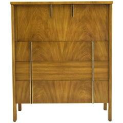 Tall Bedroom Dressers - 34 For Sale on 1stdibs