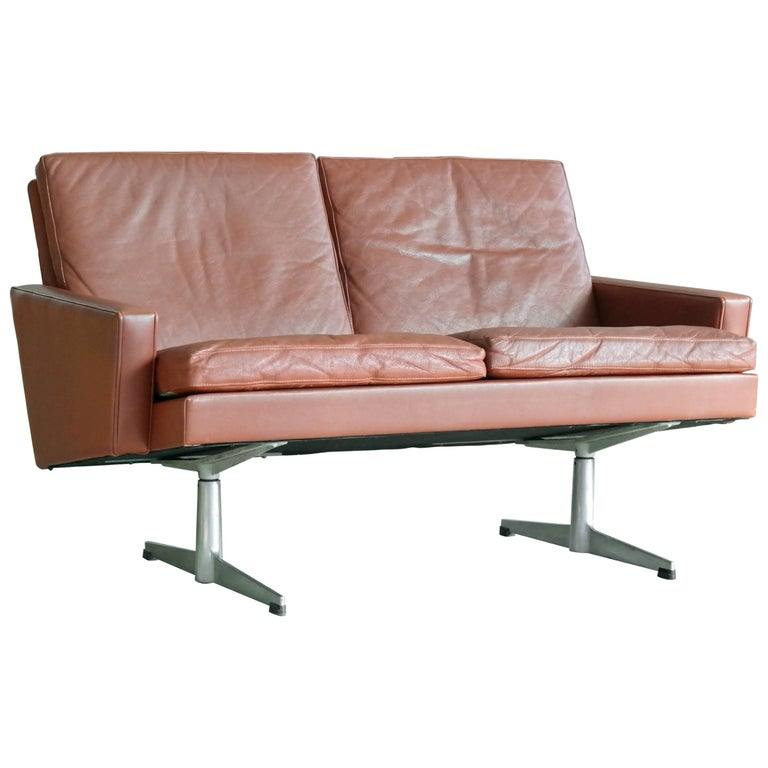Hans Wegner Style Danish 1960s Two-Seat Airport Sofa in Red Leather
