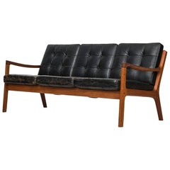 Ole Wanscher Sofa Model Senator by France & Son in Denmark