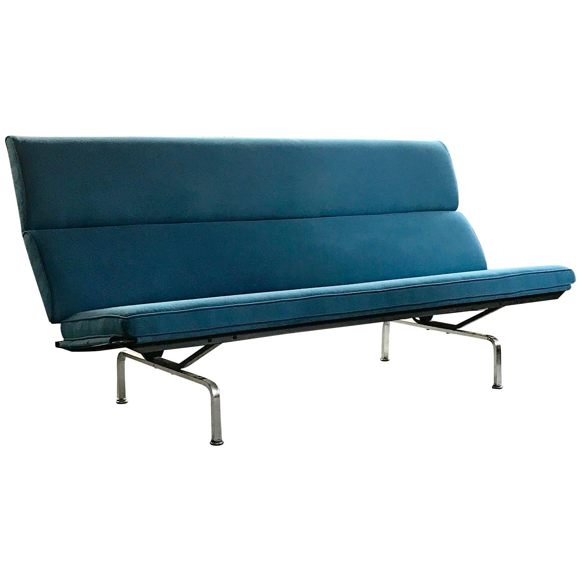 Wonderful Vintage Eames Sofa Compact By Herman Miller For Sale