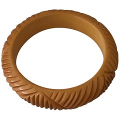 Vintage Carved Butterscotch Bakelite Bangle, circa 1930s