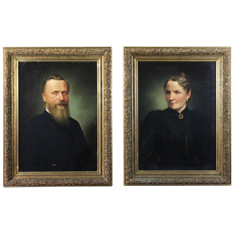 Pair of 19th Century Oil on Canvas Portraits For Sale
