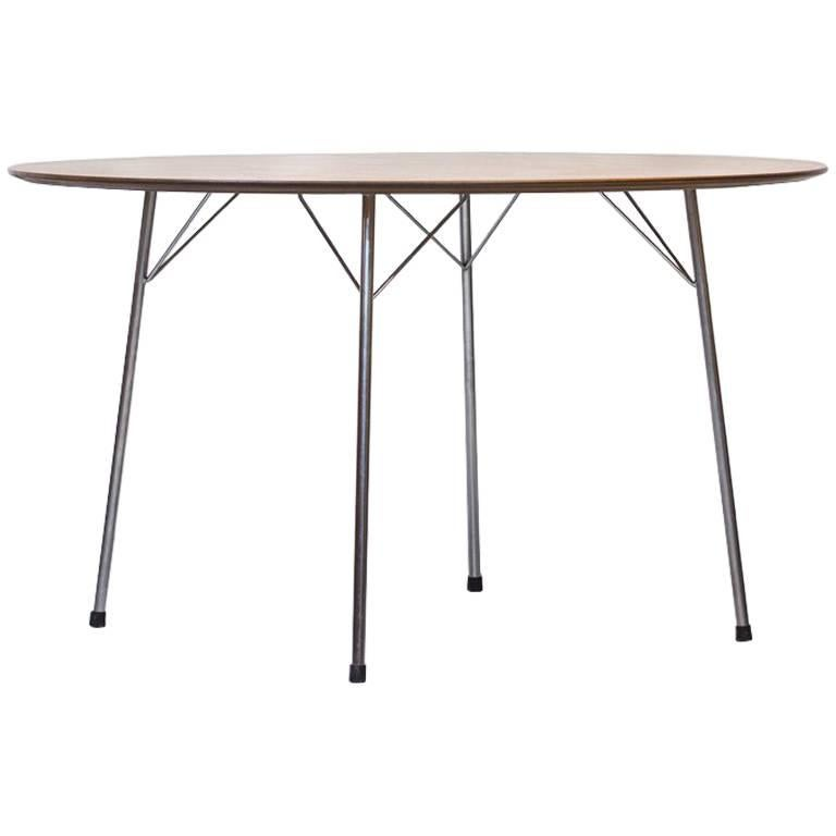 Scandinavian Modern Teak Dining Table by Arne Jacobsen for Fritz Hansen, 1963 For Sale