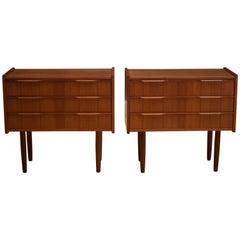 Midcentury Pair of Teak Nightstands