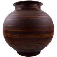 Lidkoping, Gunnar Nylund Ceramic Vase. Sweden 1960s