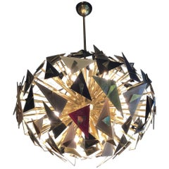 Important Vintage handcraft Chandelier, Made in Italy, 1990s glass triangles