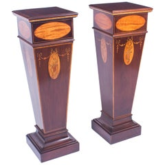 Early 20th Century Pair of Sheraton Revival Marquetry Statuary Pedestals