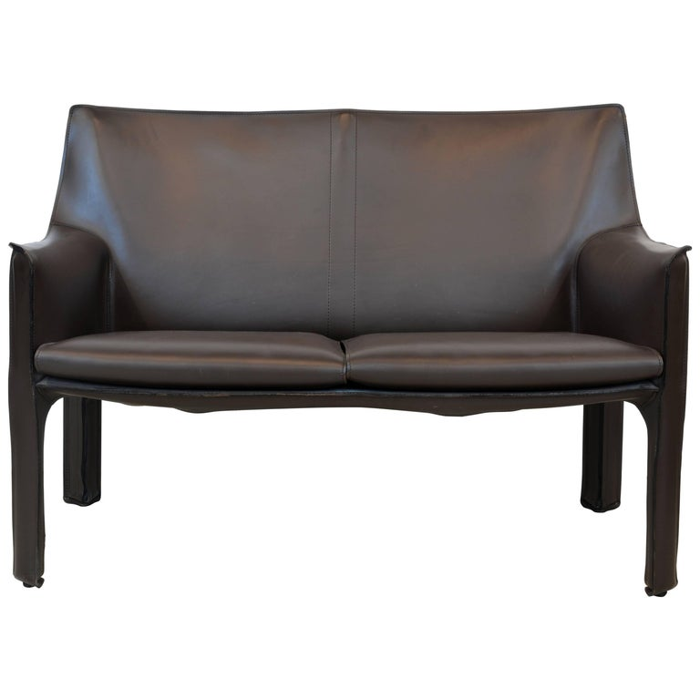 Exquisite Mario Bellini Design Leather Cab Loveseat by Cassina, Italy For Sale