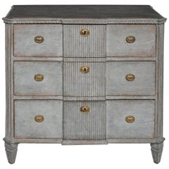 Gustavian Style Commode in Worn Gray Paint