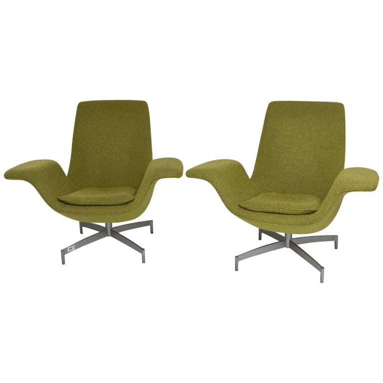 Pair Of Hbf Furniture Dialogue Lounge Chairs At 1stdibs