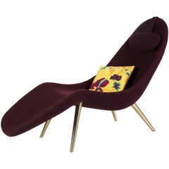 Contemporary 'Pause' Chaise Longue with Brass Legs and Boiled Wool by Konekt