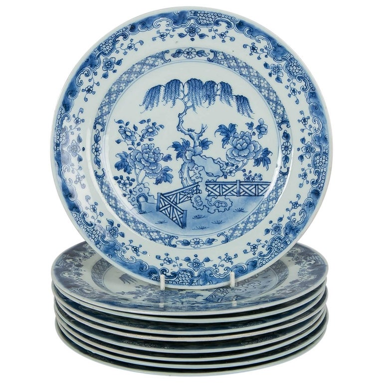 Blue and White Chinese Export Plates a Set of Ten For Sale