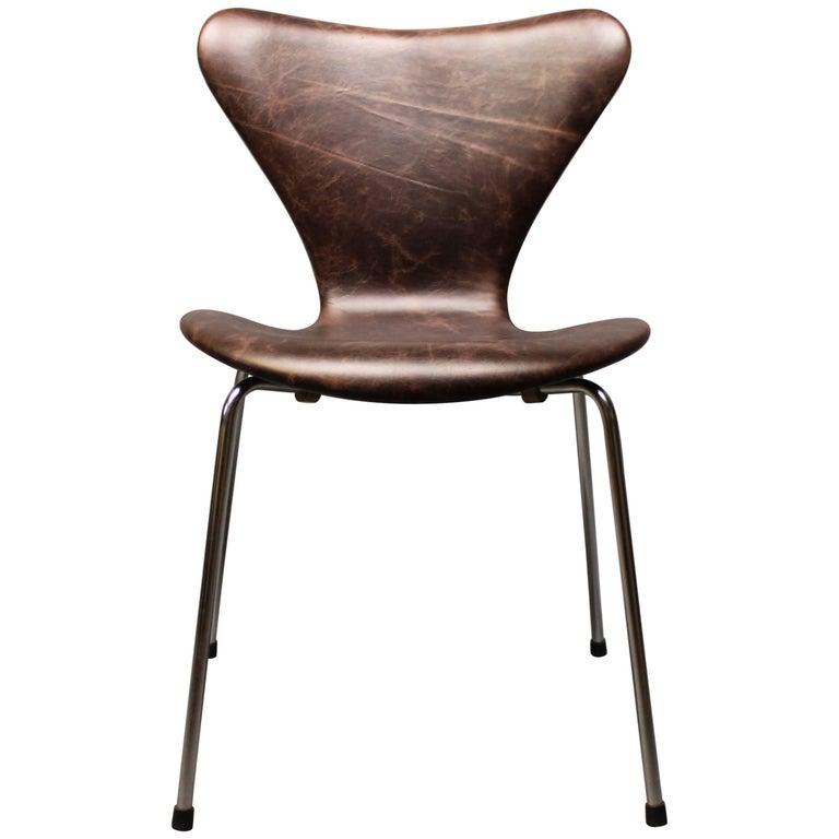 """Seven"" Chair, Model 3107 by Arne Jacobsen and Fritz Hansen, 1967"