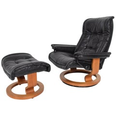 Vintage Scandinavian Modern Ekornes Stressless Recliner Chair and Ottoman
