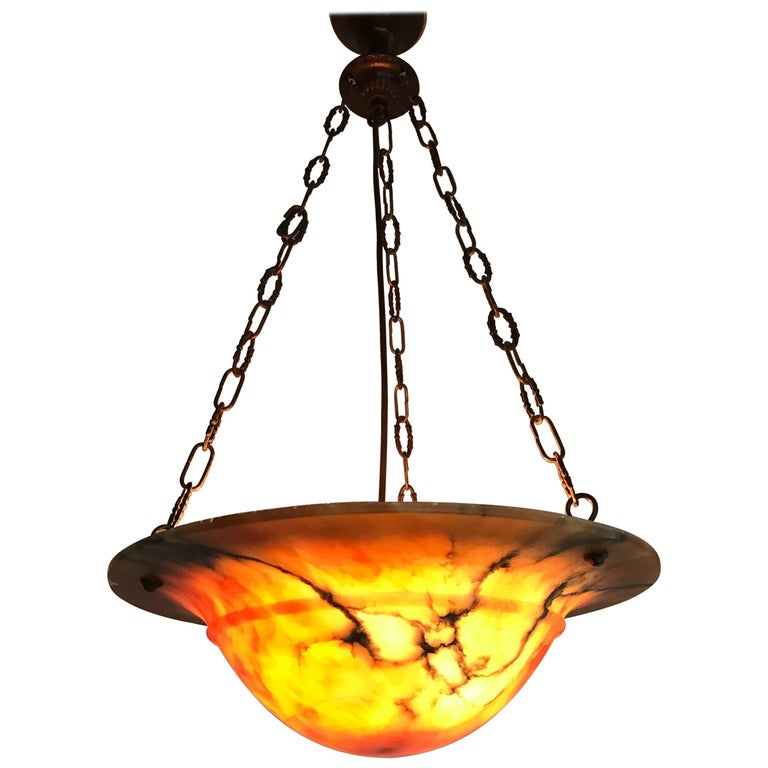 Beautiful Early 20th Century Art Deco Alabaster and Chain Pendant Light For Sale