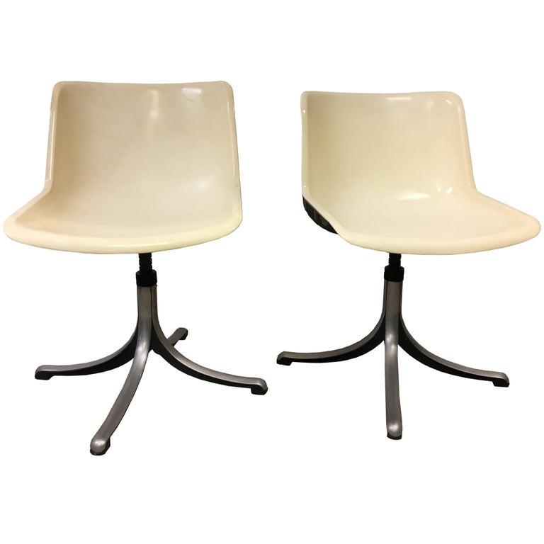 Osvaldo Borsan iItalian  MidCentury Pair of  White Tecno Modus Chairs