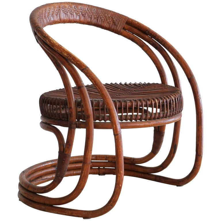Sculptural Curved Rattan Chair 1