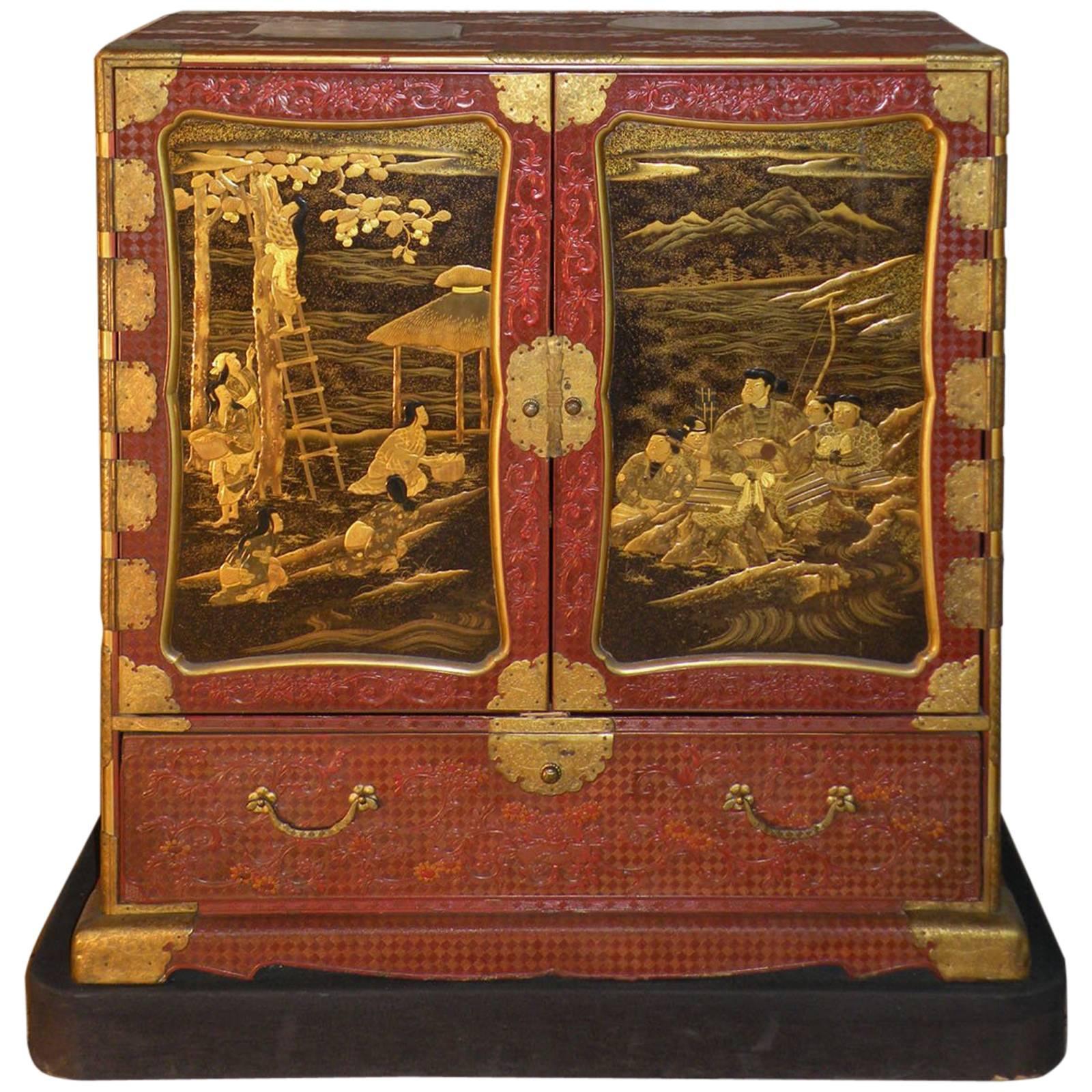 "Japanese Lacquer and Cinnabar ""Samurai"" Cabinet, Inaba Family, Edo Period"