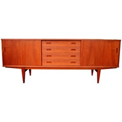Long Danish Modern Teak Credenza / Buffet with Centre Drawers by Lyby Mobler
