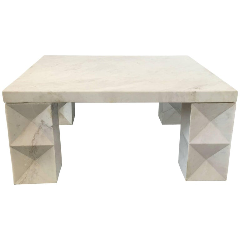 modernist coffee table in carrara marble for sale at 1stdibs. Black Bedroom Furniture Sets. Home Design Ideas
