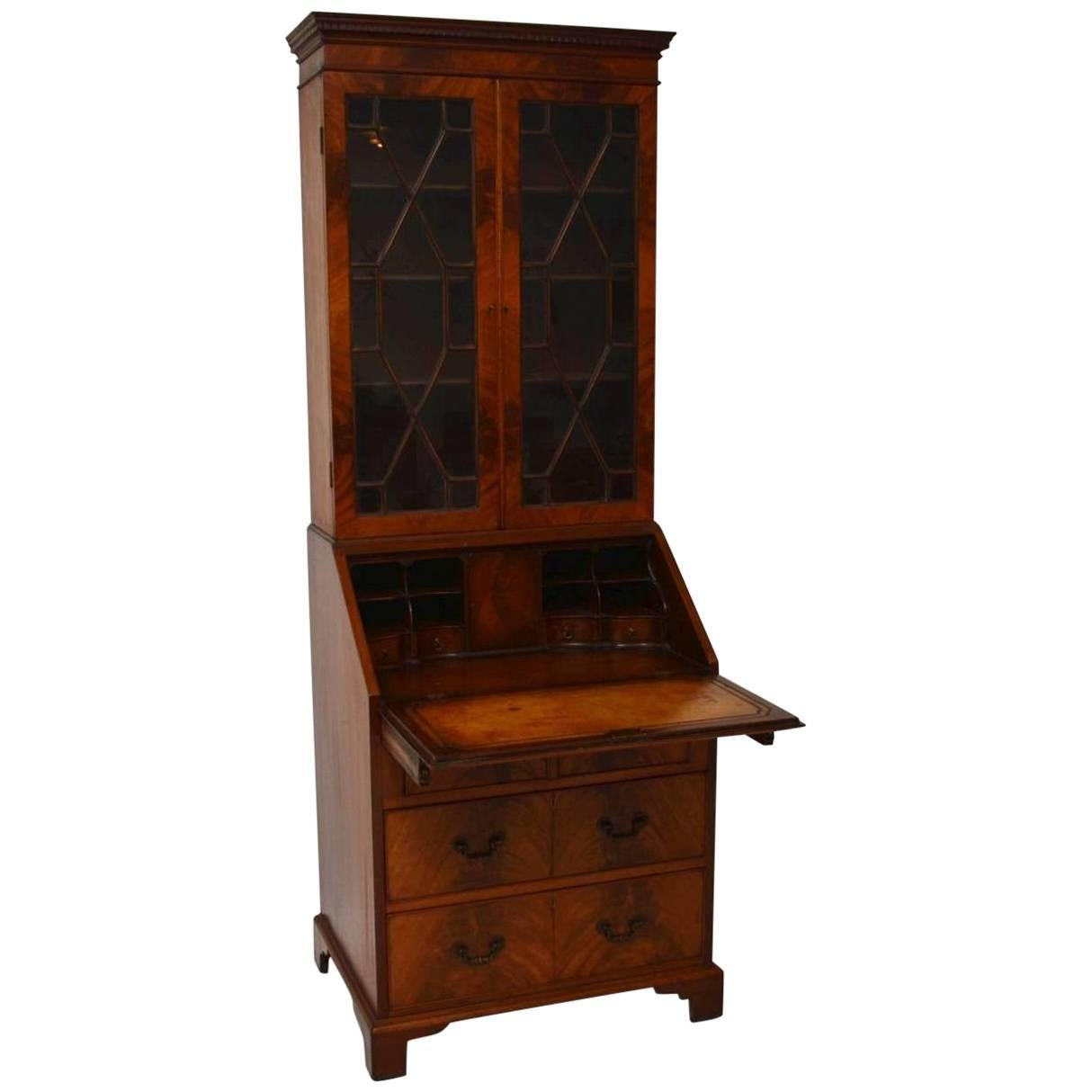 Antique and Vintage Bookcases 3018 For Sale at 1stdibs