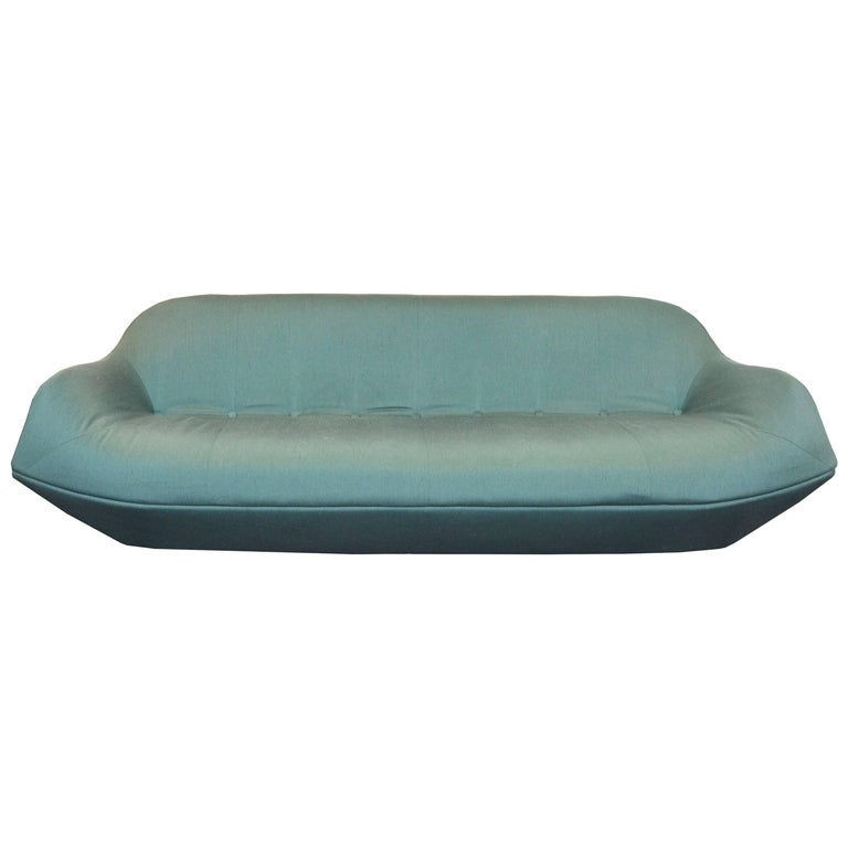 Rare and Exquisite Sofa by the Brazilian Designer Jorge Zalszupin