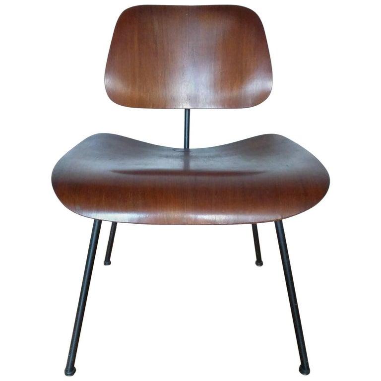 Early Herman Miller Eames DCM Chair in Walnut